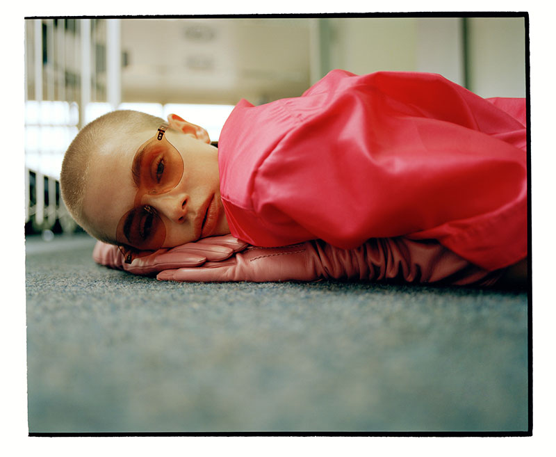 Arcademi_Vitali_Gelwich_Vitali-Gelwich-Photographer-Berlin-Germany-Saskia-Diez-Viviane-Hausstein-Viu-eyewear-sunglasses-campaign-fashion19